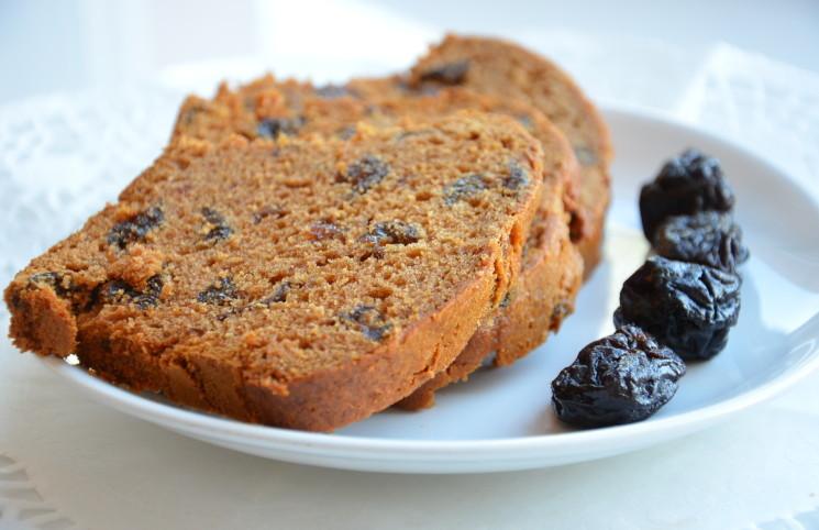 Рецепт Медовый кекс с черносливом