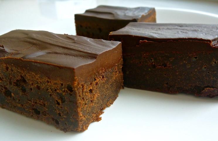Рецепт Брауни с шоколадным топпингом