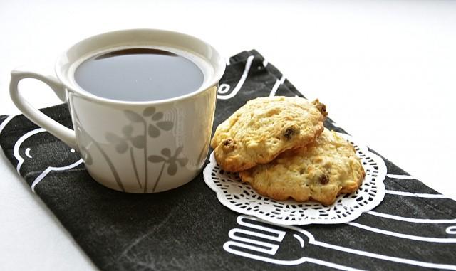 Рецепт Яблочное печенье с изюмом