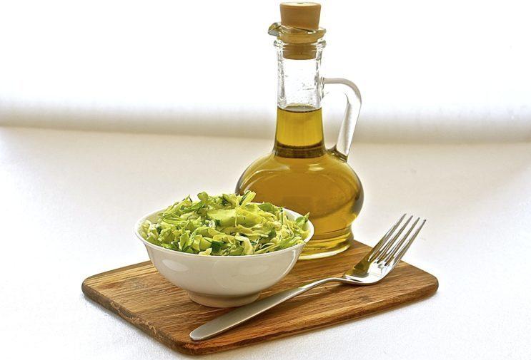 Салат из капусы с огурцом