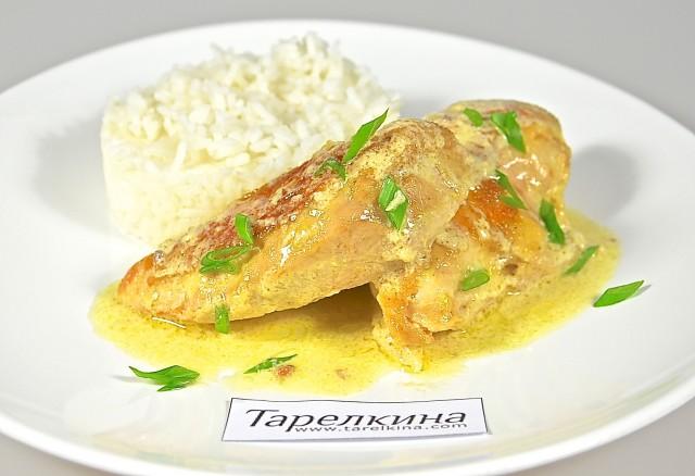 Рецепт Курица под горчично-сливочным соусом
