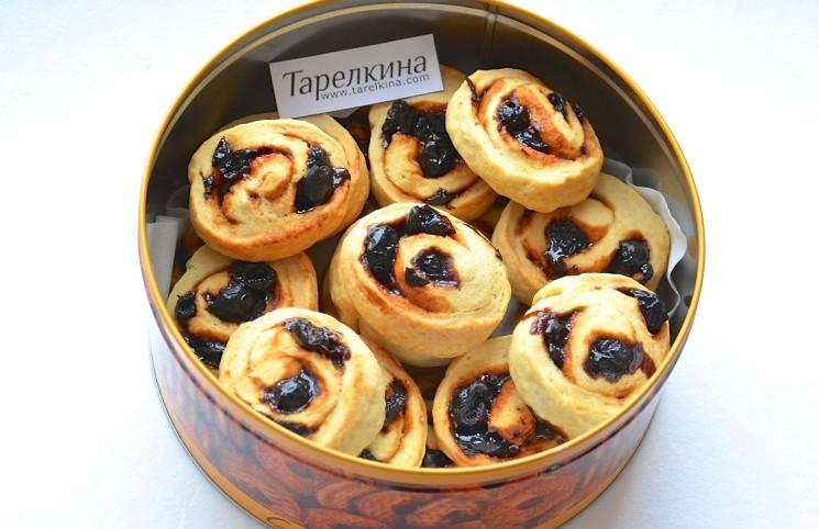 Рецепт Печенье улитки с вишней