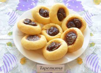 Печенье с клубничным вареньем