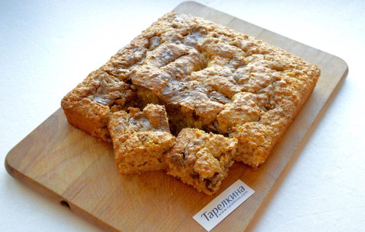 Овсяный пирог с ореховым пралине