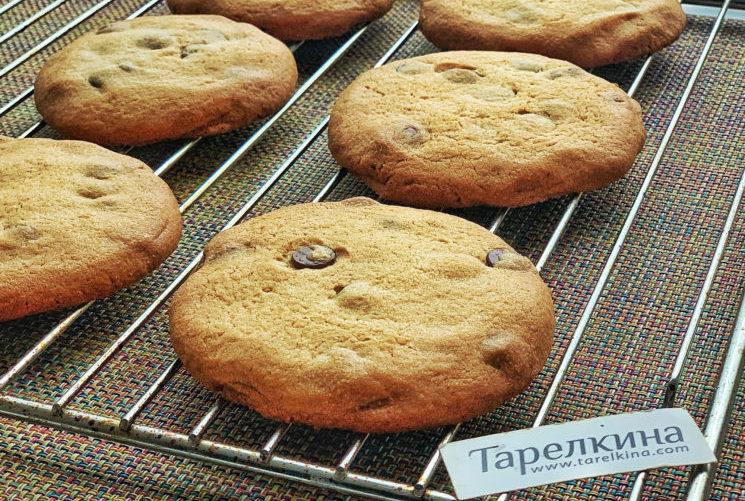 Печенье с арахисовой пастой и шоколадом